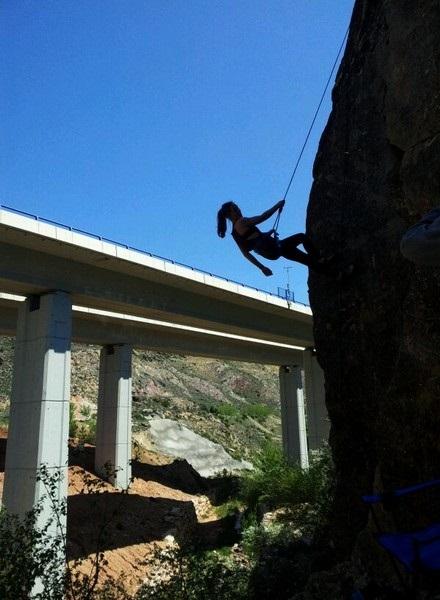 pena-del-macho-escalando